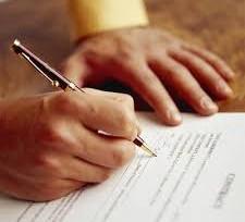"""¿La deducibilidad del IVA de los servicios jurídicos es proporcional a la """"literatura"""" de su factura?"""