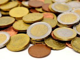 Los intereses de una deuda ya reconocida por el FOGASA constituyen los frutos del importe principal adeudado