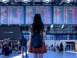 Cuando se retrase un vuelo, la empresa que debe indemnizar a los pasajeros es la que decidió realizar el vuelo
